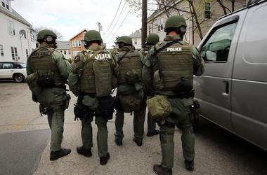 После писем с угрозами школы Бостона взяты под усиленную ...