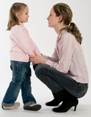 https://i1.wp.com/cdn.sheknows.com/articles/2010/11/A_mom_and_daughter_talking.jpg