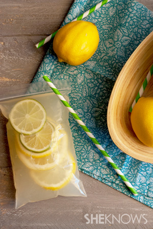 Adult vodka lemonade Capri suns