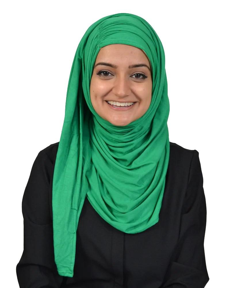 Sous le voile se cache une femme sensible, avec plein de valeurs, fragile mais forte,. Maxi Jasmine Hijab Hijab Ista