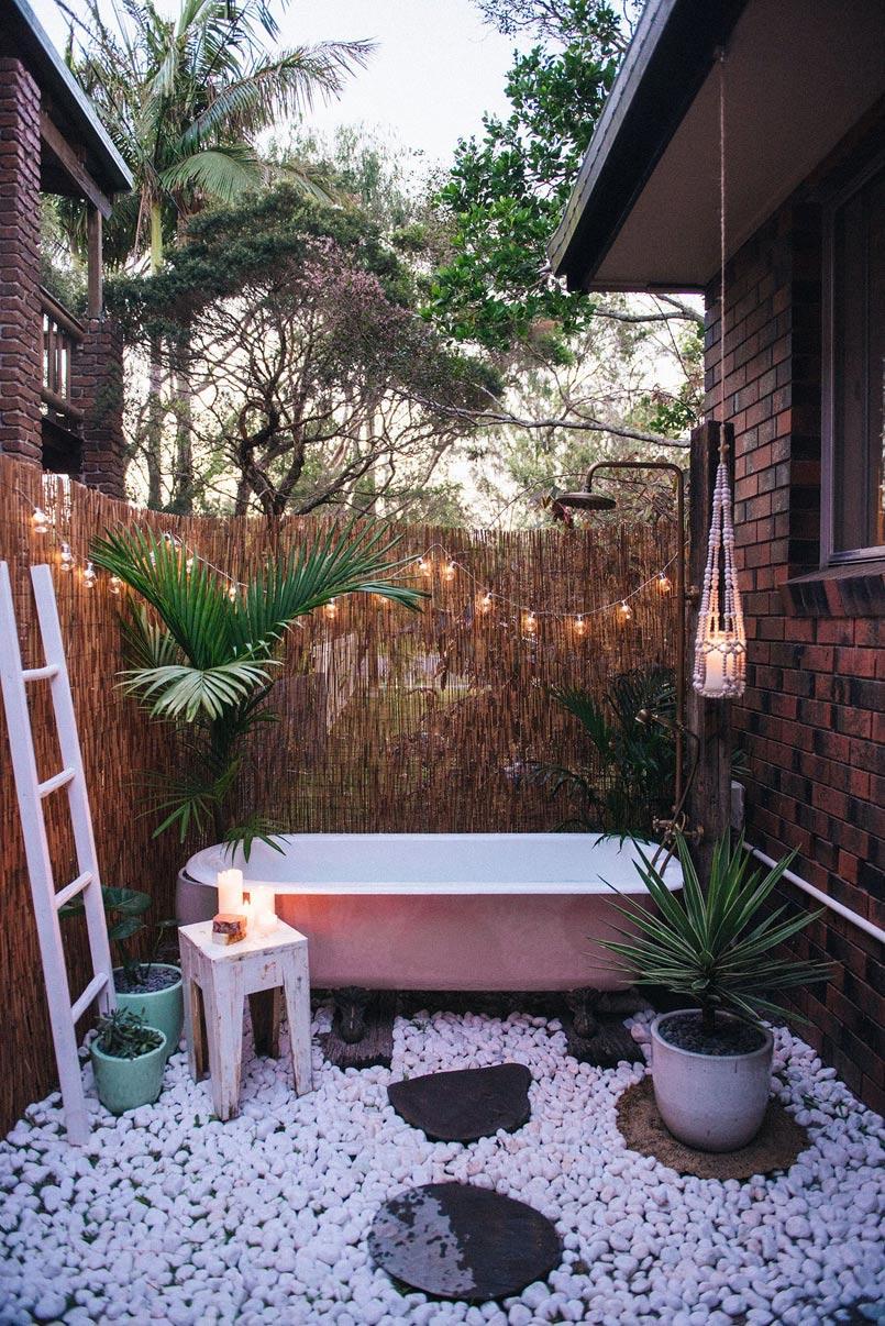 Awesome Rustic Outdoor Baths Ideas 2019 for Your Backyard ... on Backyard Bathroom Ideas  id=67958