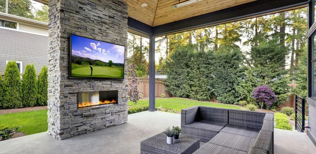 outdoor tv for a covered patio