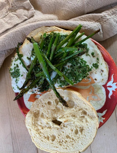 egg whites, recipes, food photography, breakfast sandwich, food, healthy living, asparagus, parsley
