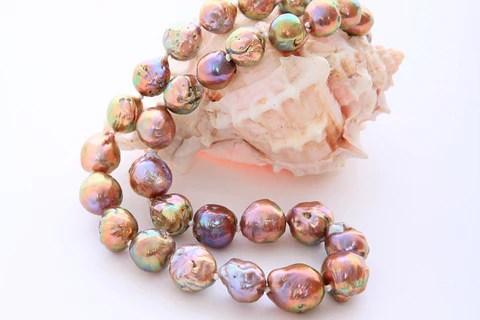 Japanese Kasumi pearls / Kasumigaura Freshwater Cultured Pearls