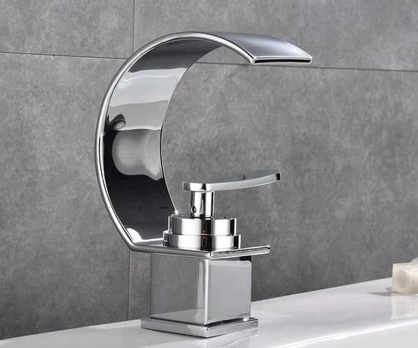 blackwood waterfall single handle faucet