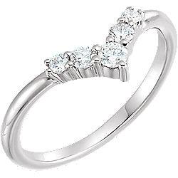 14k Gold & Diamond Graduated Chevron Ring