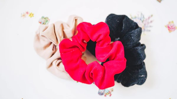 hair accessories '90s scrunchie