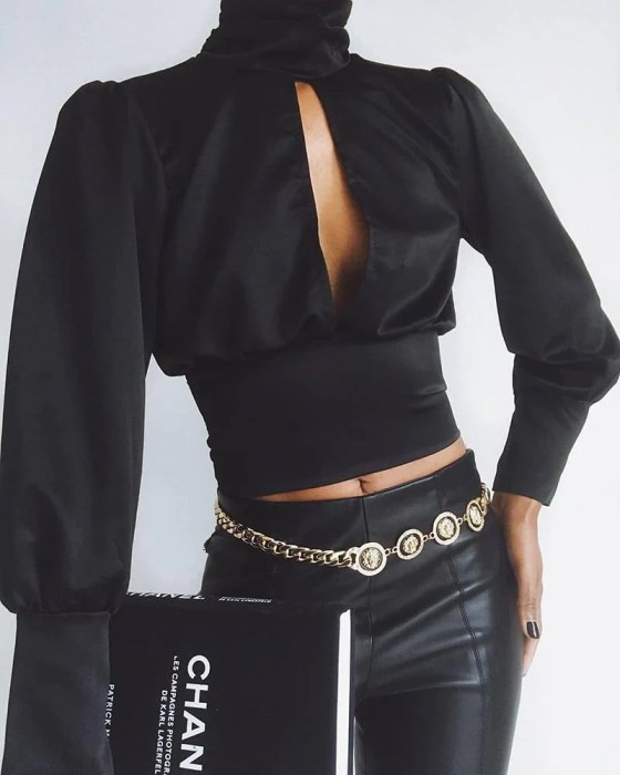 Solid Cut Out Chest Tight Waist Blouse 2