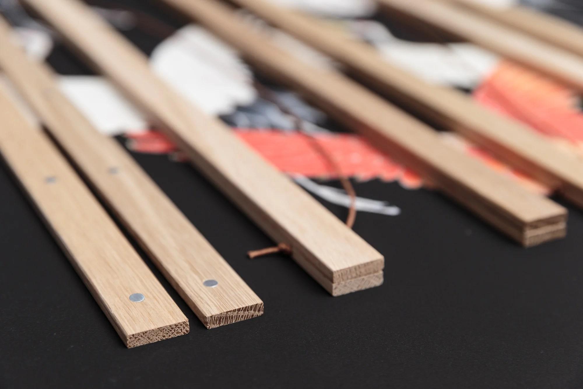 magnetic wooden poster hanger kuriosis vintage prints