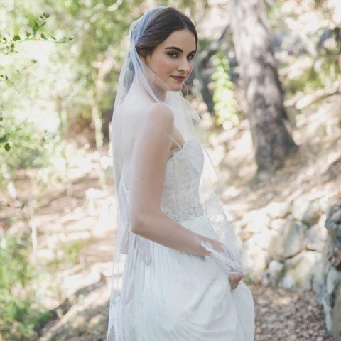 Rose Lace Juliet Veil Elle & Jae Happily Ever Borrowed
