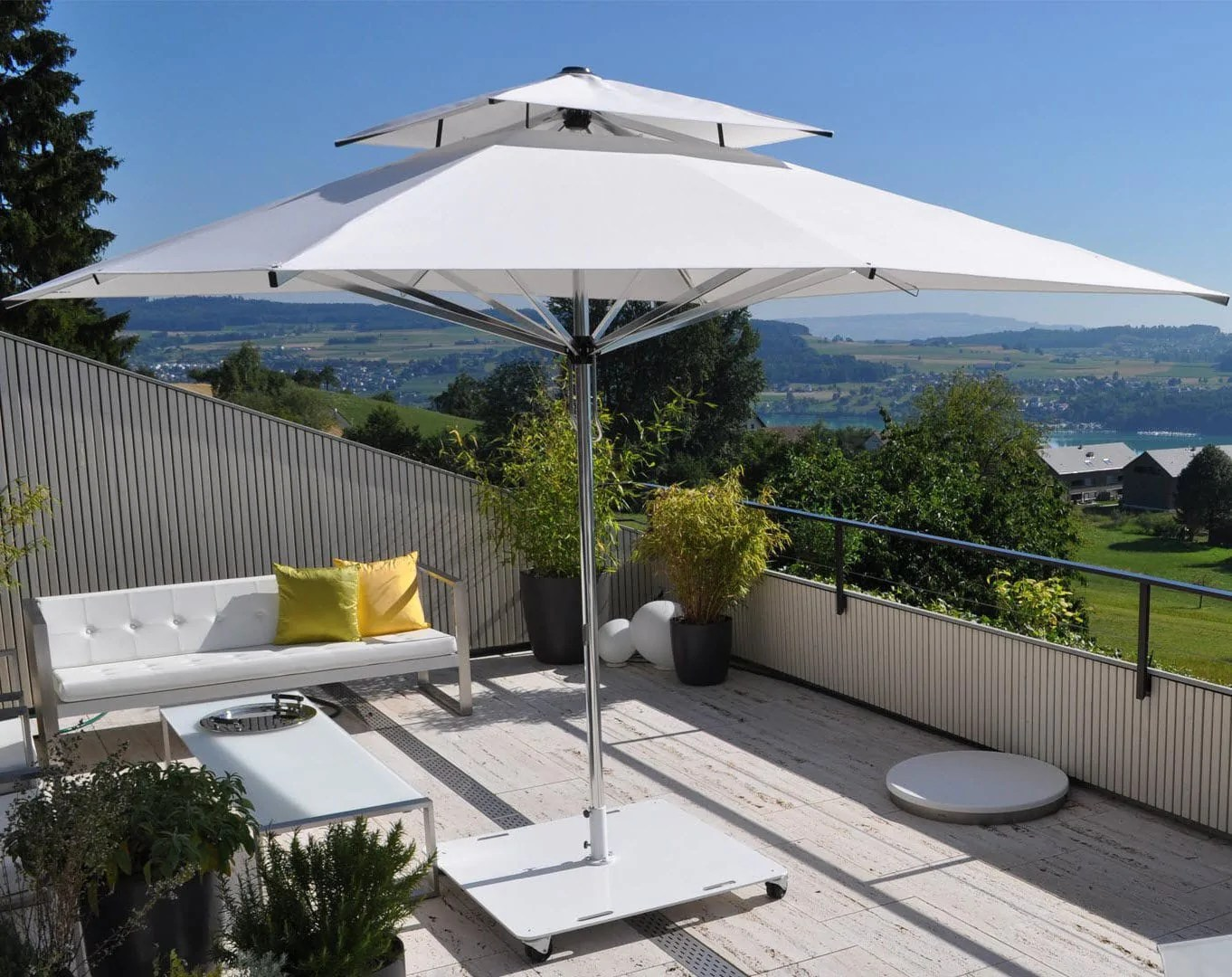 giant rectangular ez lift patio umbrella