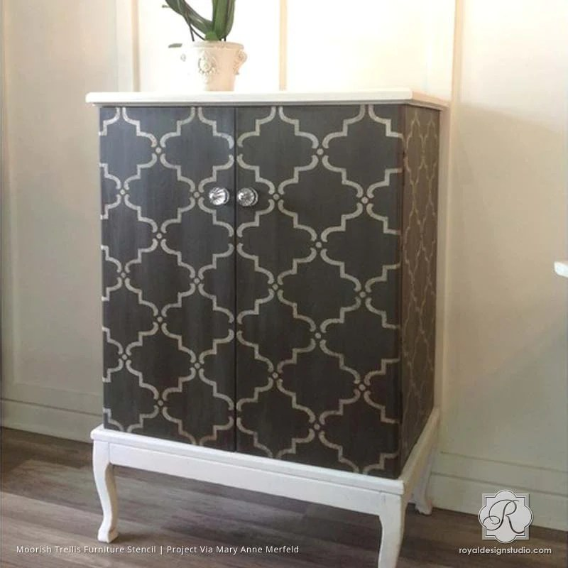 Finishing Your Furniture With Stencil Designs DIY Painted Decor DIY Decor  Painting Ideas Finishing Furniture Touches With Stencil Designs Royal  Design ...