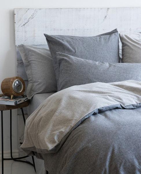 6 necessities for your dorm room bed