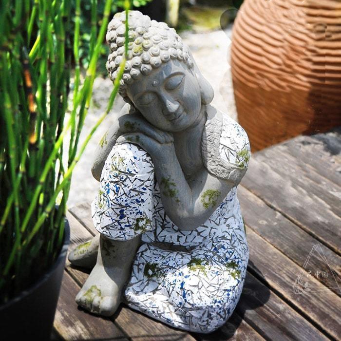statue bouddha penseur geant