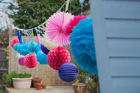 Pretty Paper Decorations in the Garden