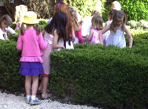 Childrens Treasure Hunt, Kids Party Game Ideas