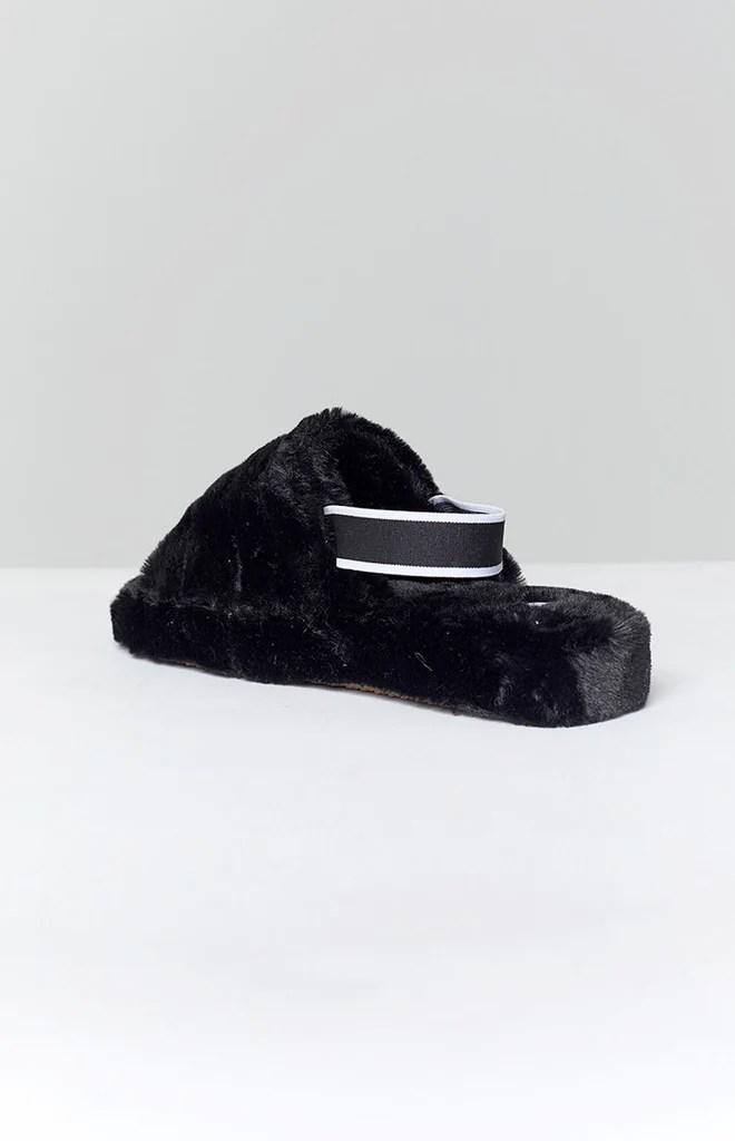 Snuggles Fluffy Sandals Black 2