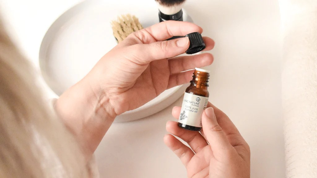 Masajea tu piel con aceite de manuka