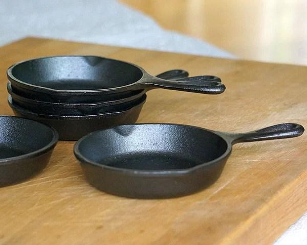 Mini Cast Iron Skillet 5 Inch Set Of 4 Cassandras Kitchen