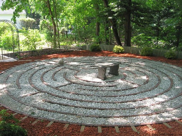 labyrinth flower garden designs St. Paul à la Chartres™ - The Labyrinth Company