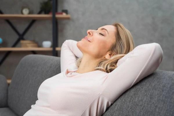 Ejercicios de yoga y relajación