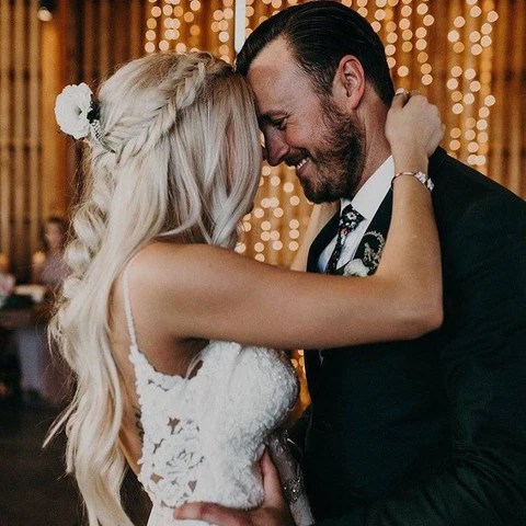 tips tricks to a successful wedding hair trial with hair extensions