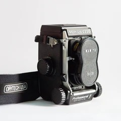Mamiya C220F Body with Box and Manual