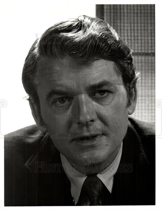 1971, Hal Holbrook Bold Ones NBC television | Historic Images