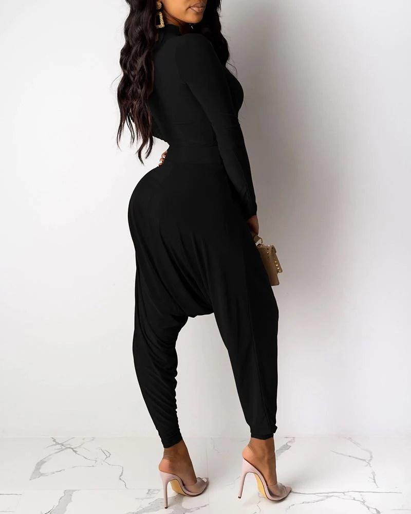 Solid Mock Neck Crop Top & High Waist Ruched Pants Sets