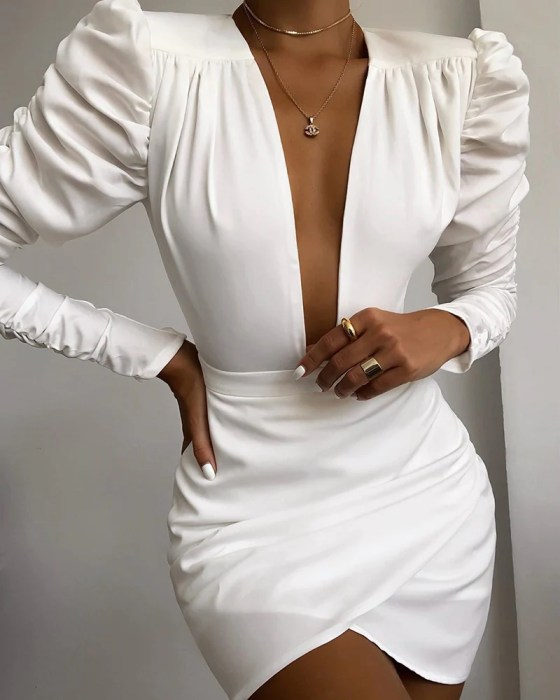 Solid Puff Sleeve Ruched Bodycon Dress 2