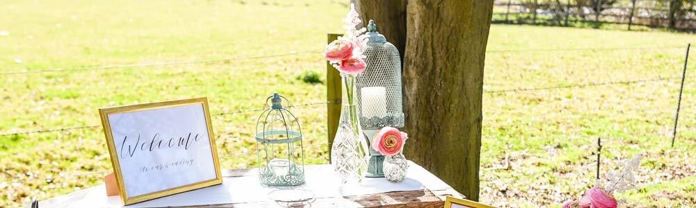 pretty vintage wedding table