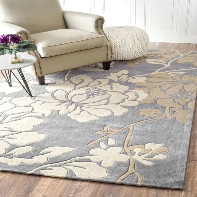 tapis chinois beige et gris motif fleurs