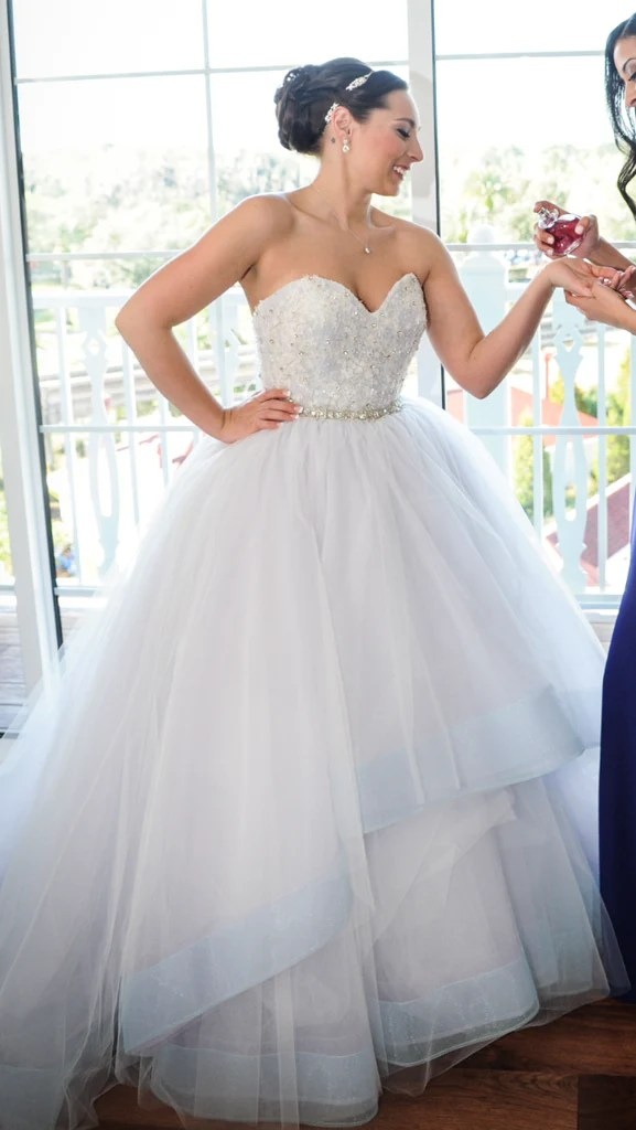 7696d50ed15 Lazaro  jz3269  Size 4 Used Wedding Dress Nearly Newlywed