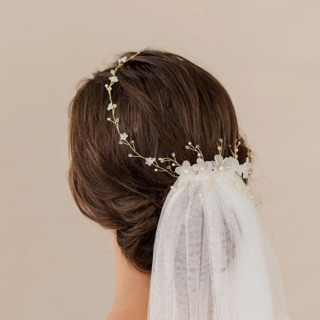 how to wear a veil with your hair down | britten weddings