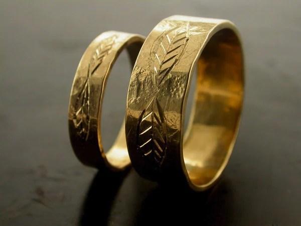 Leaf Carved Engraved Wedding Bands Jelena Behrend Studio