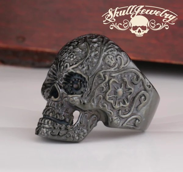 Matte Black Vintage Black Eyes Flower Skull Ring Stainless