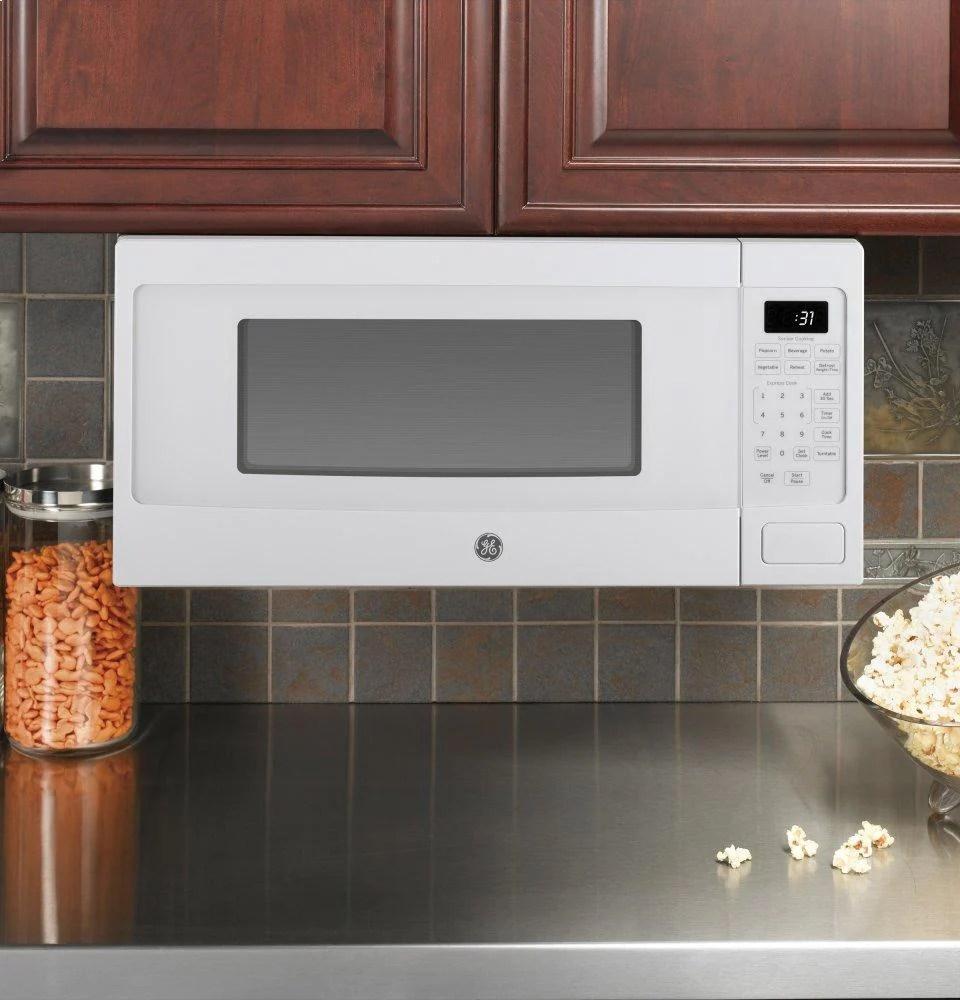 ge appliances pem31dfww ge profile 1 1 cu ft countertop microwave oven