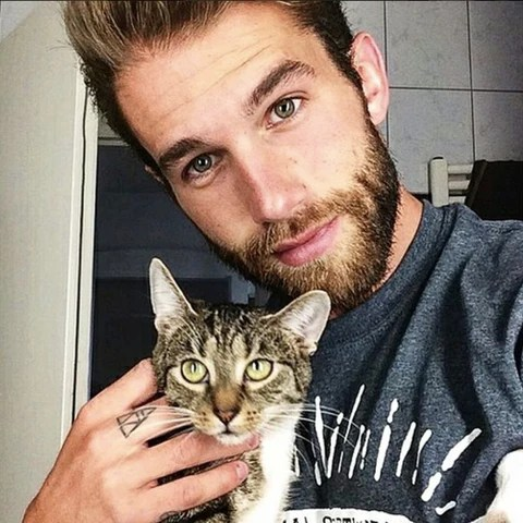 Treat Yourself to These Photos of Hot Guys with Kittens ...