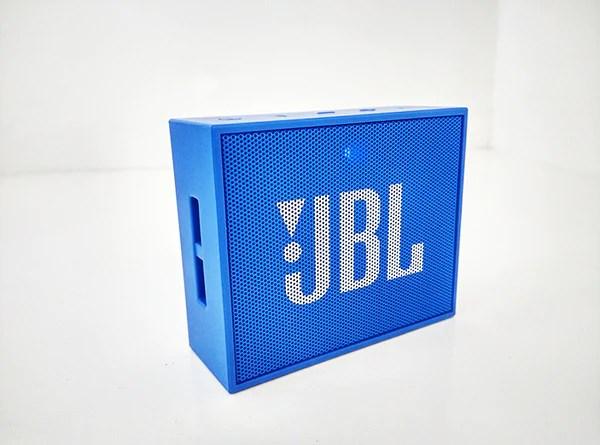 JBL Go Left Side