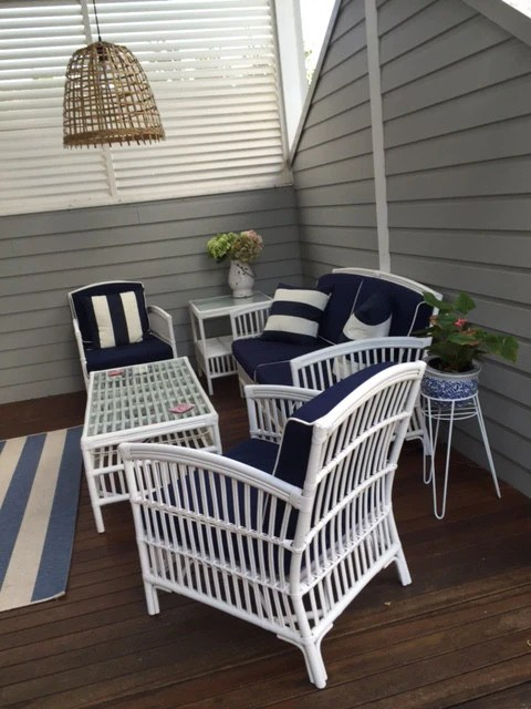 South Hampton Blue Outdoor Undercover Lounge Setting Style