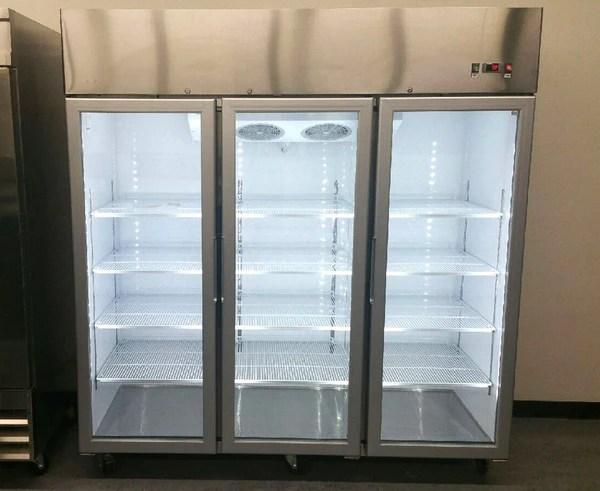 3 Door Commercial Reach In Glass Merchandiser Refrigerator