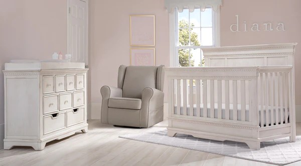 Tivoli In Antique White 6 Piece Nursery Furniture Set