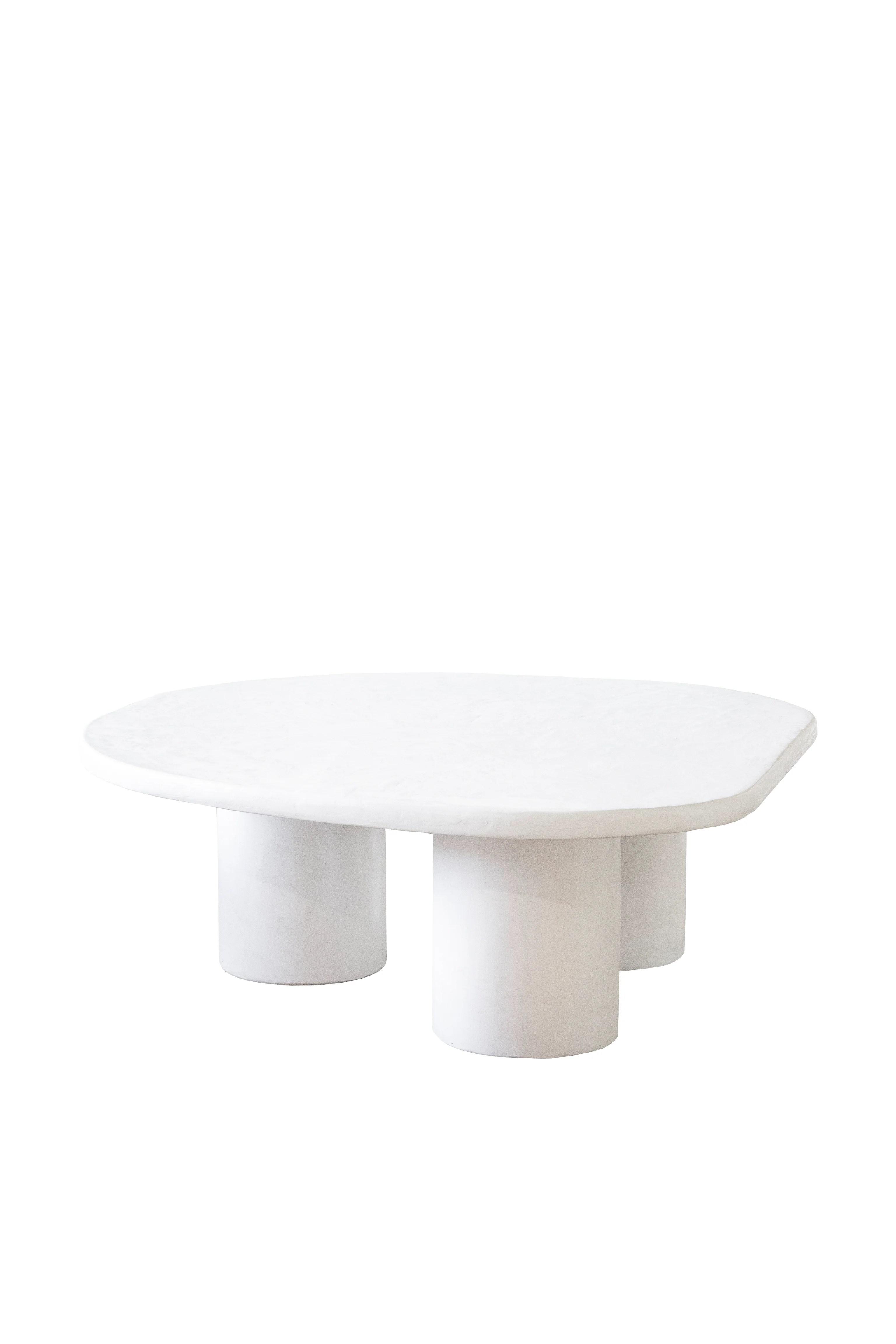 organic nesting table 03