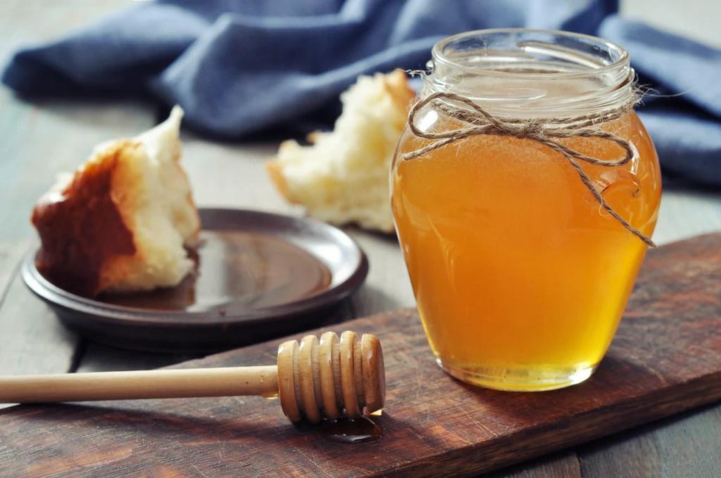 alternative naturali allo zucchero: il miele