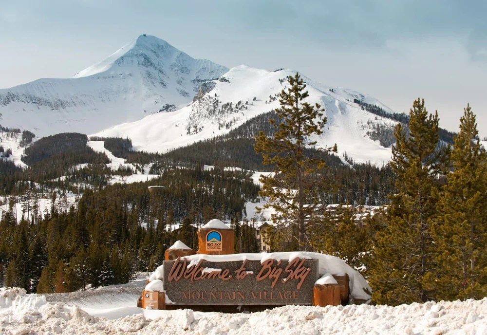 The trail is wide and climbs gently with an elevation gain of only 250'. The Ultimate Bozeman Montana Winter Activities Mambe Blanket Co