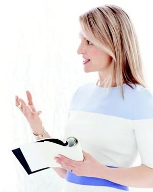 Dr Elizabeth Hale