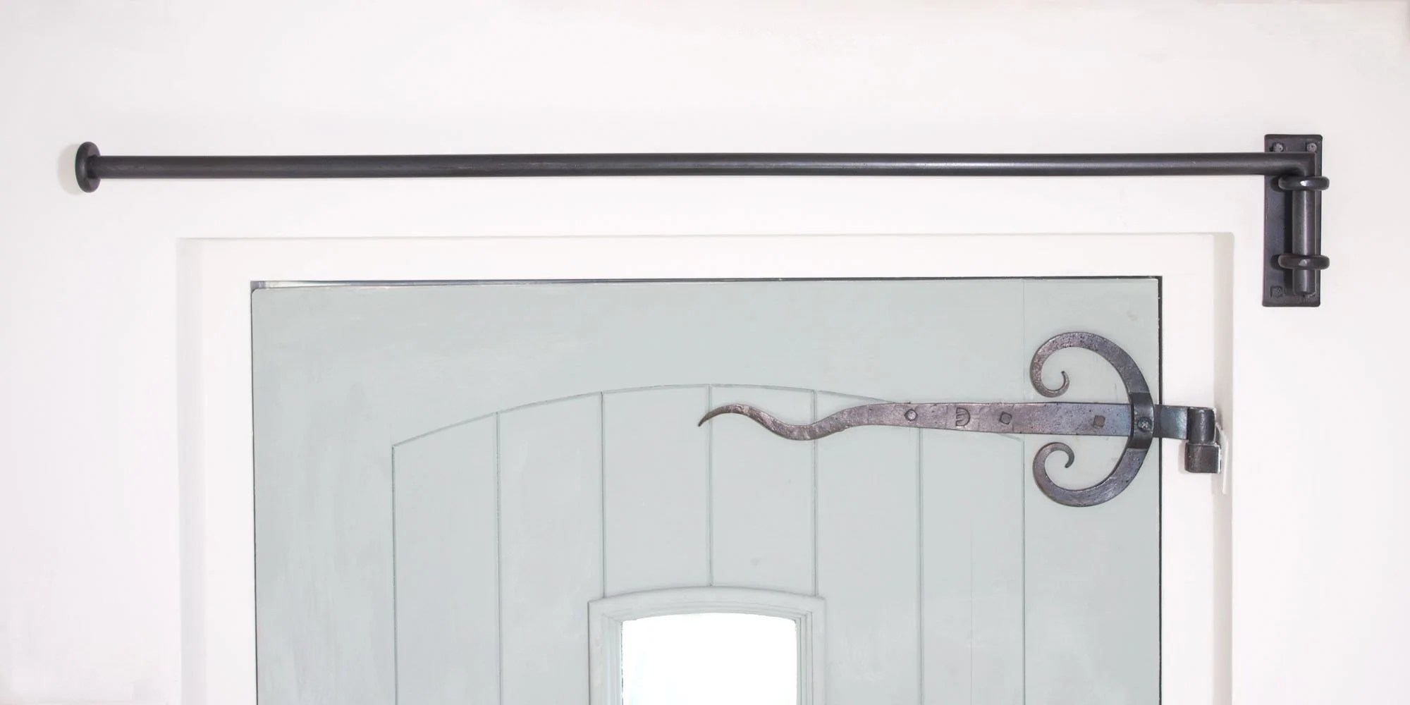20mm solid wrought iron drapery arm