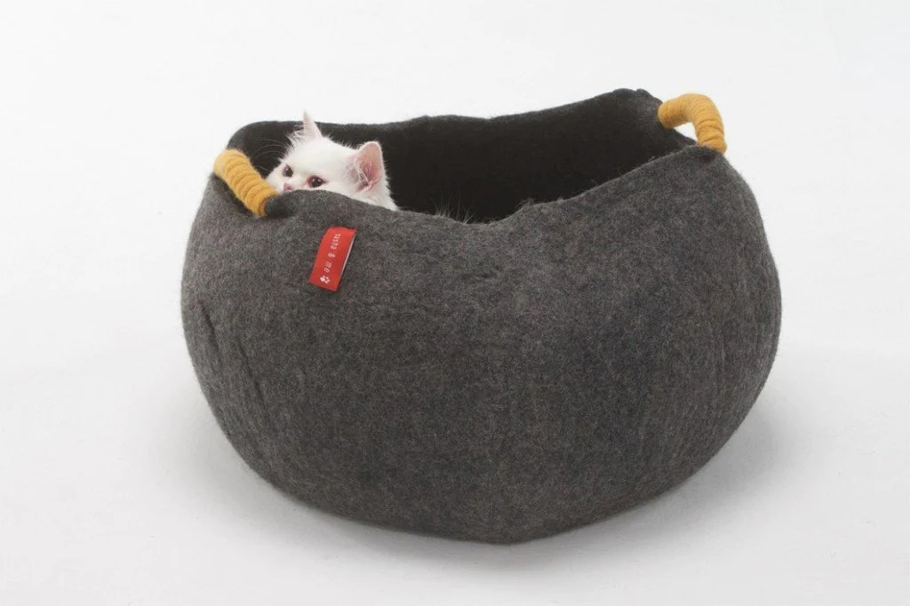Designer Cat Beds Australia Cat Baskets Australia For Sale Circo Cat Basket Sasha And Me Organic Bone