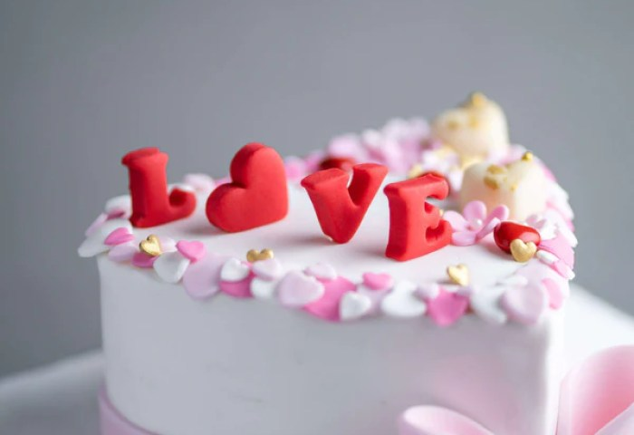 Love Cake 6 Eat Cake Today Birthday Cake Delivery Klpj Malaysia