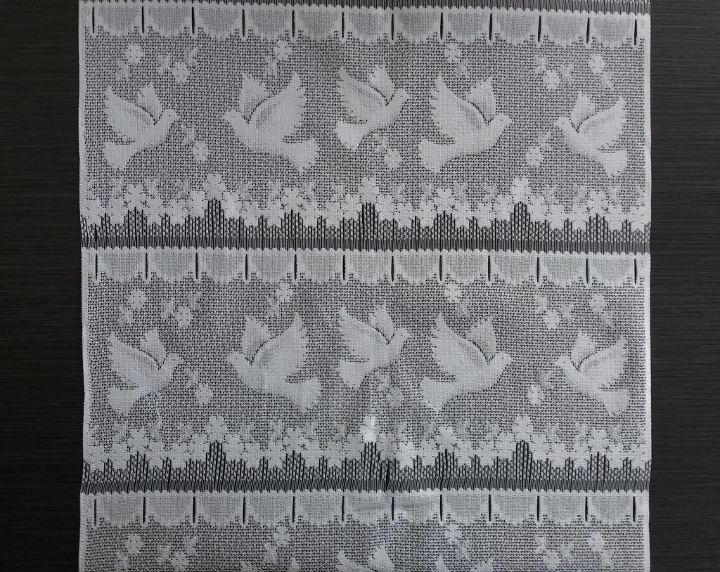 rideau brise bise blanc 45 cm de largeur motif colombe modulable en hauteur